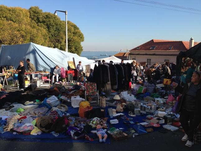 feira de ladra lisbon lissabon
