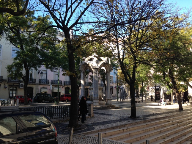 pleintje in de Chiado wijk lissabon