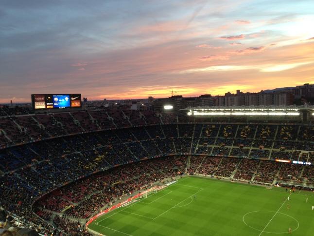 Zonsondergang tijdens de match van FC Barcelona.