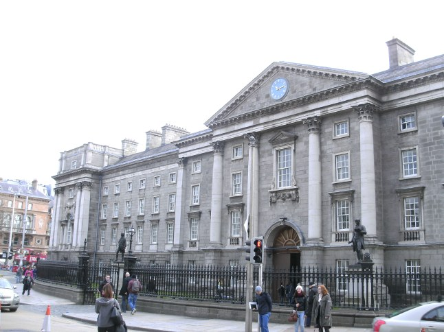 Trinity College - Ingang aan College Green