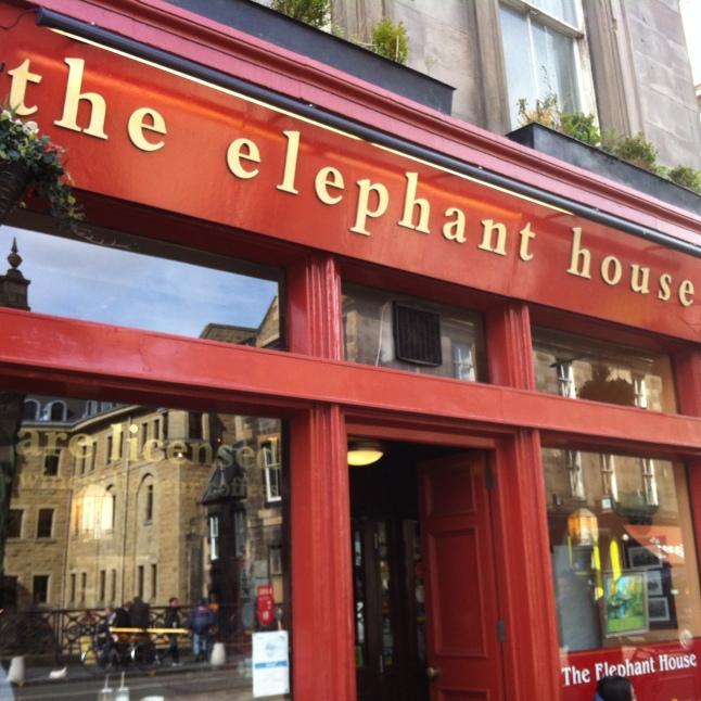 Bezoek aan The Elephant House, waar J.K. Rowling het grootste deel van het eerste boek over Harry Potter schreef