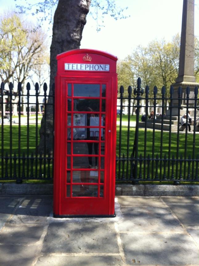 De typische rode telefooncabine