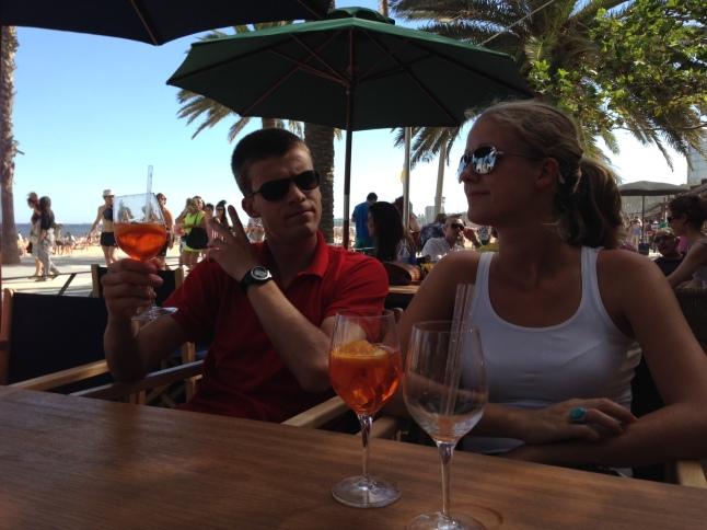 Mijn broer en ik in Beach Bar Palmito