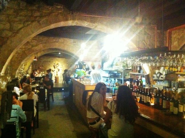Het gezellige restaurant Arcano, verstopt in El Born