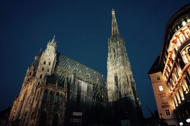 stephansdom-wenen-night