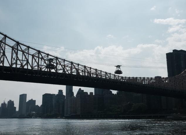 roosevelt-island-tram-new-york