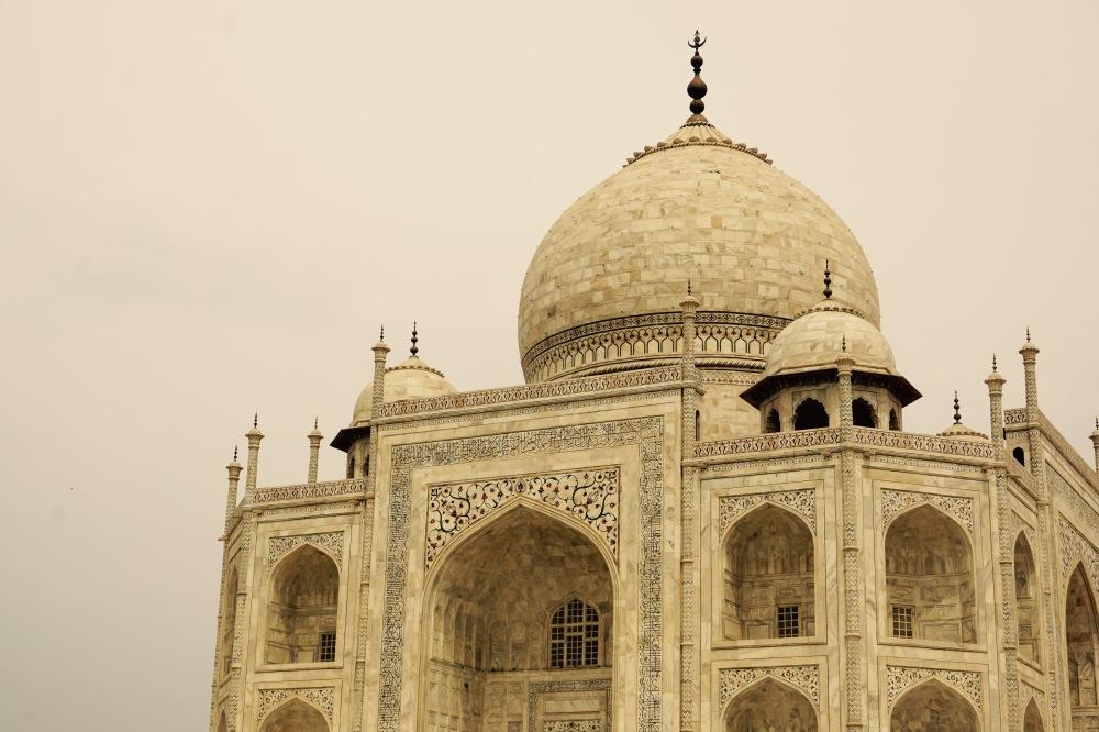 taj-mahal-agra-india-delhi