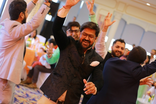 hindoe huwelijk sangeet